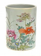 CHINESE CELADON BRUSH POT WITH ENAMELLED FAMILLE ROSE DECORATION, 11CM HIGH
