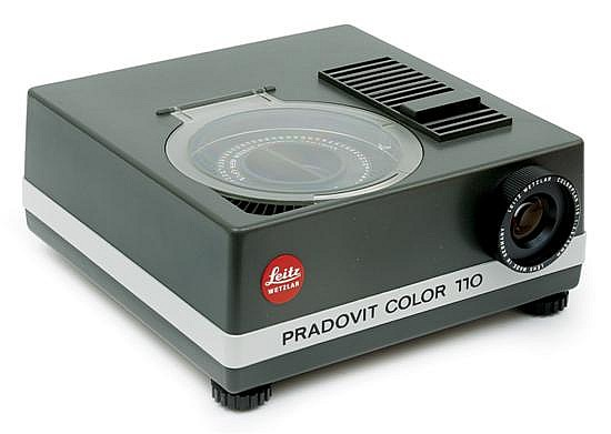 PRADOVIT COLOR 110 PROJECTOR
