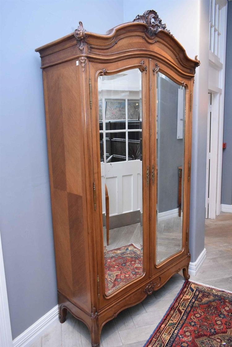 a french louis xv style walnut twin door armoire key in off. Black Bedroom Furniture Sets. Home Design Ideas