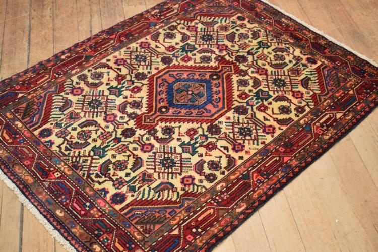 A PERSIAN ENJALAS 100% WOOL PILE ORIGIN IRAN- NEW PIECE, 150 X 112 RRP $790