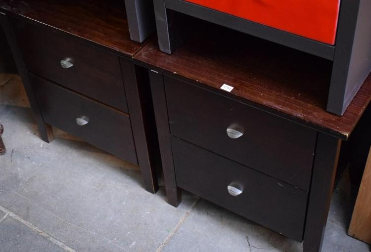 A PAIR OF MODERN BEDSIDE CABINETS