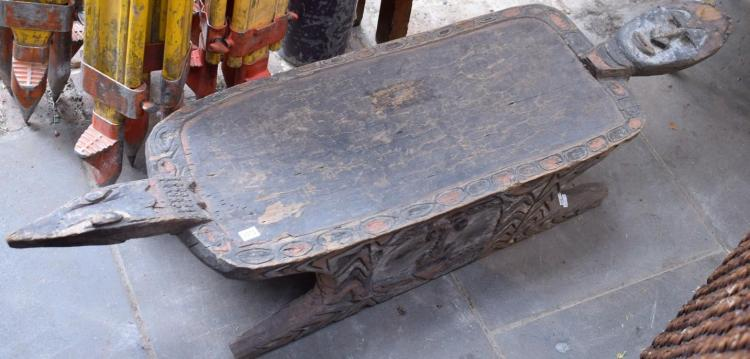 A PNG CROCODILE STOOL