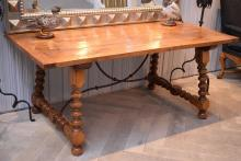 A SPANISH PROVINCIAL STYLE OAK DINING TABLE (75cm h x 1.8m l x 93cm w)