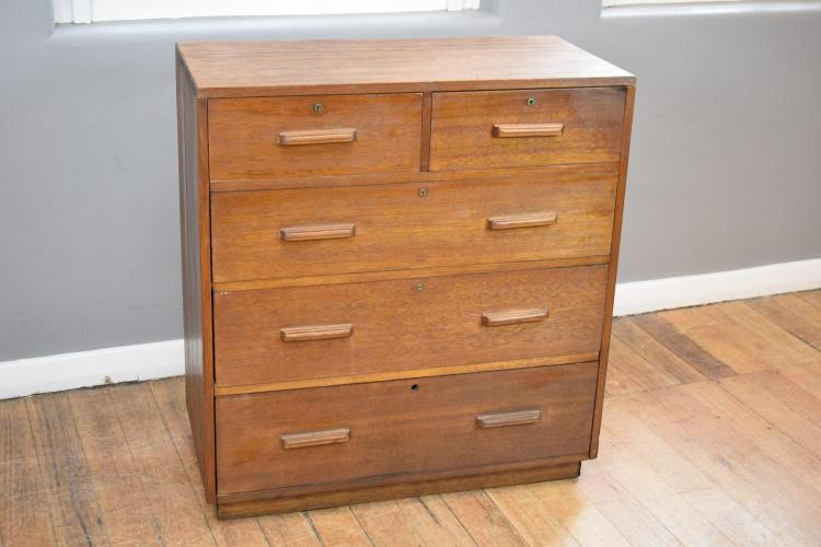 A VINTAGE MOUNTAIN ASH FIVE DRAWER CHEST