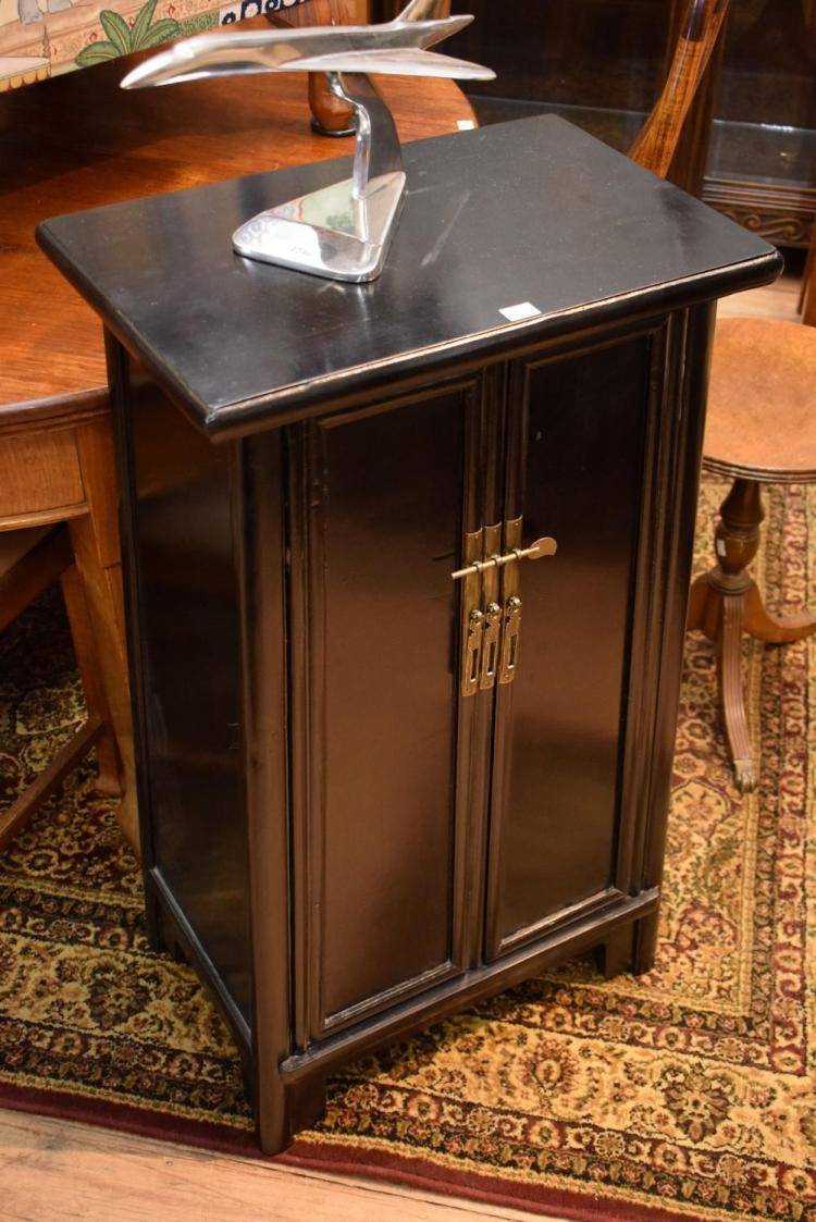 A PAIR OF ORIENTAL SIDE CABINETS