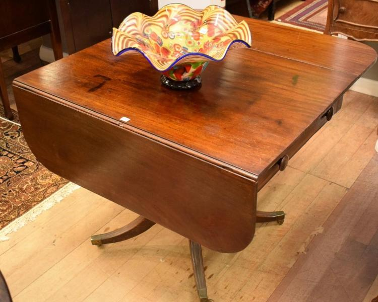 A REGENCY MAHOGANY SUPPER TABLE - losses