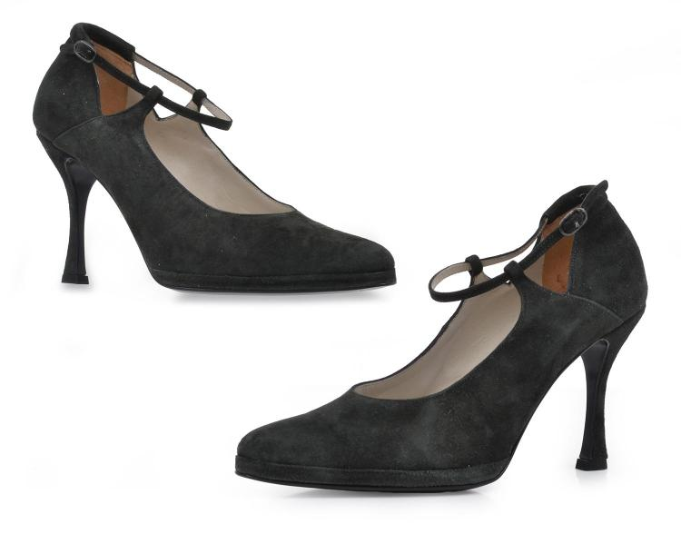 A PAIR OF SHOES BY EMPORIO ARMANI