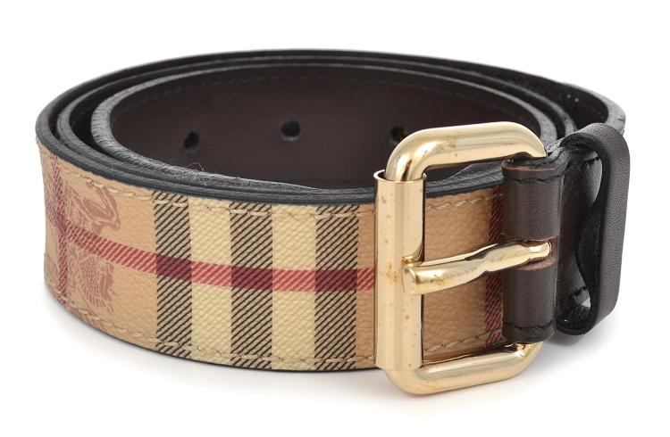 A BELT BY BURBERRY