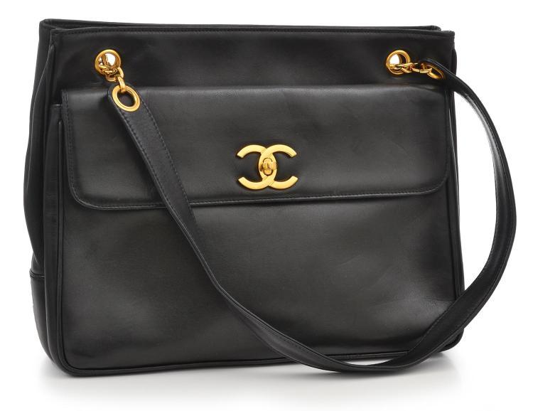 A SHOULDER BAG BY CHANEL