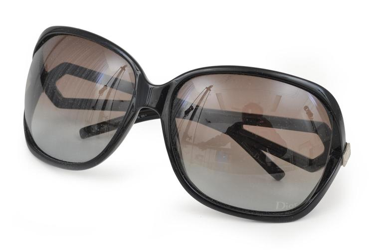 A PAIR OF SUNGLASSES BY CHRISTIAN DIOR