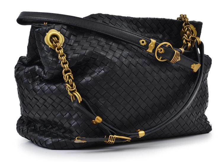 A HANDBAG BY BOTTEGA VENETA