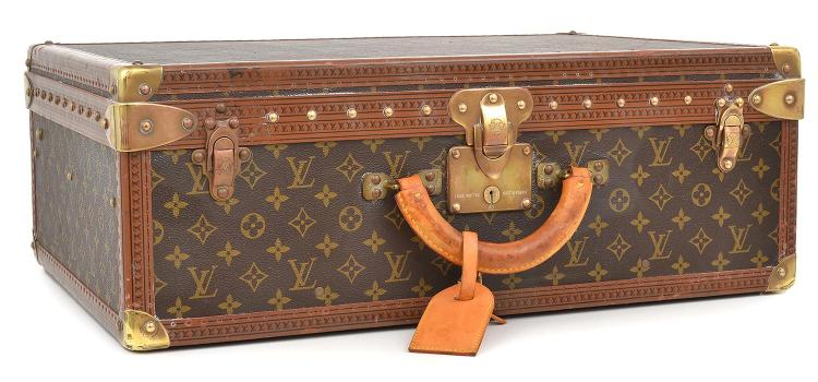AN ALZER TRAVEL CASE BY LOUIS VUITTON