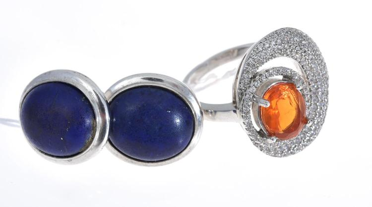 A MEXICAN FIRE OPAL RING AND A PAIR OF LAPIS EARRINGS.