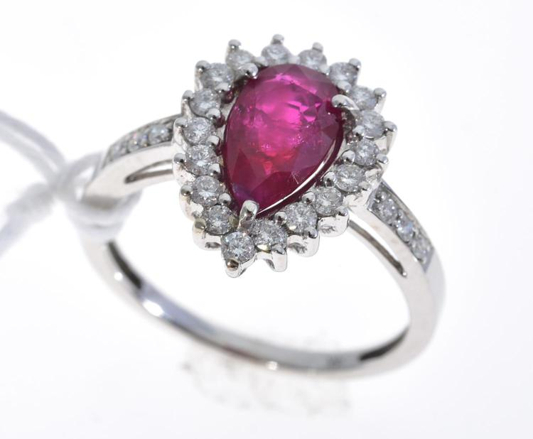 A RUBY AND DIAMOND RING, RUBY WEIGHING 1.26CTS AND DIAMONDS TOTALLING 0.50CTS MOUNTED IN 14CT GOLD