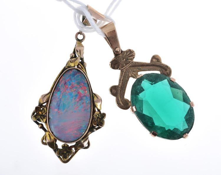 AN OPAL PENDANT AND A GLASS PENDANT IN 9CT GOLD