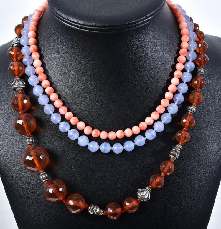 THREE ASSORTED NECKLACES INCLUDING BLUE LACE AGATE, CORAL AND RESIN AND SILVER.