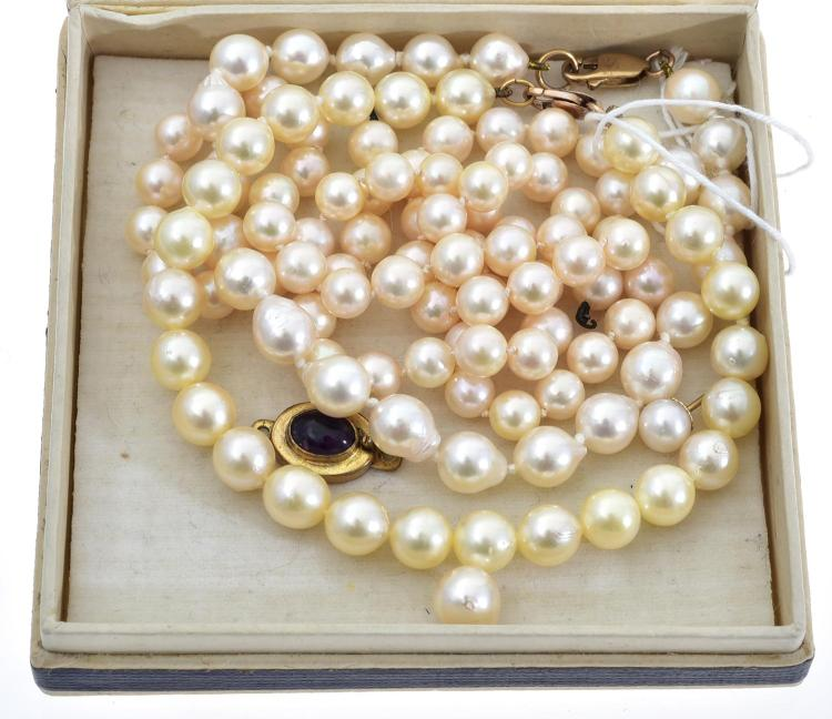 TWO CULTURED PEARL BRACELETS AND A STRAND OF CULTURED PEARLS A/F