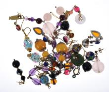 A BAG OF ASSORTED EARRINGS INCLUDING GOLD, VENETIAN GLASS AND SEMI PRECIOUS STONES