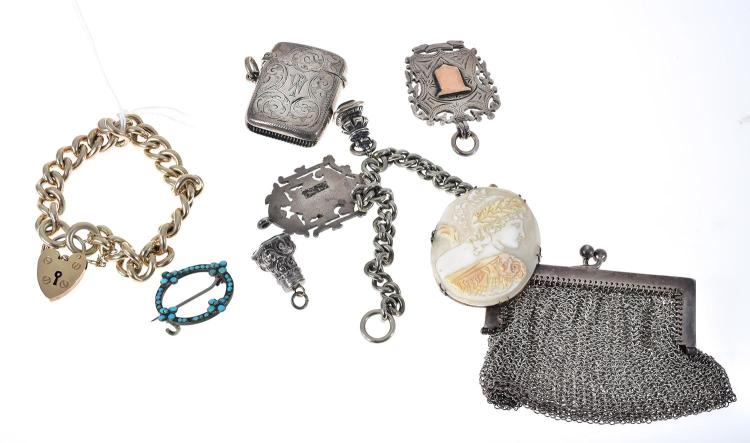 BAG OF ASSORTED ANTIQUE AND VINTAGE SILVER INCLUDING MESH PURSE, CAMEO BROOCH, VESTA ETC