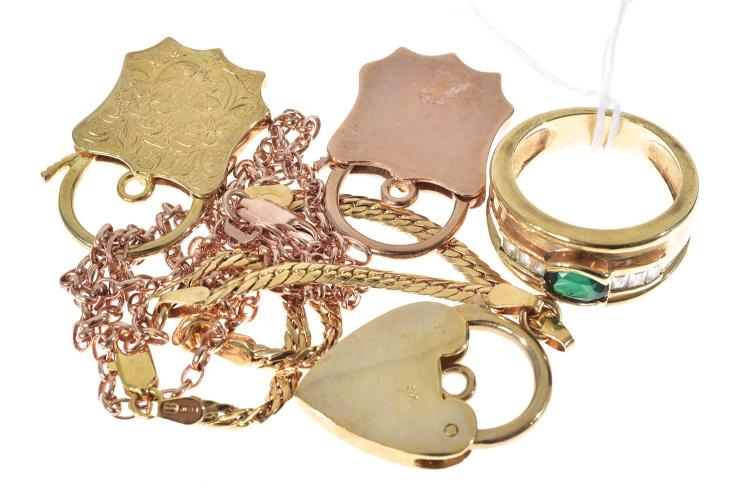 THREE 9CT GOLD PADLOCKS, 9CT ROSE GOLD CHAIN, 9CT STONE SET RING, 9CT GOLD BRACELET
