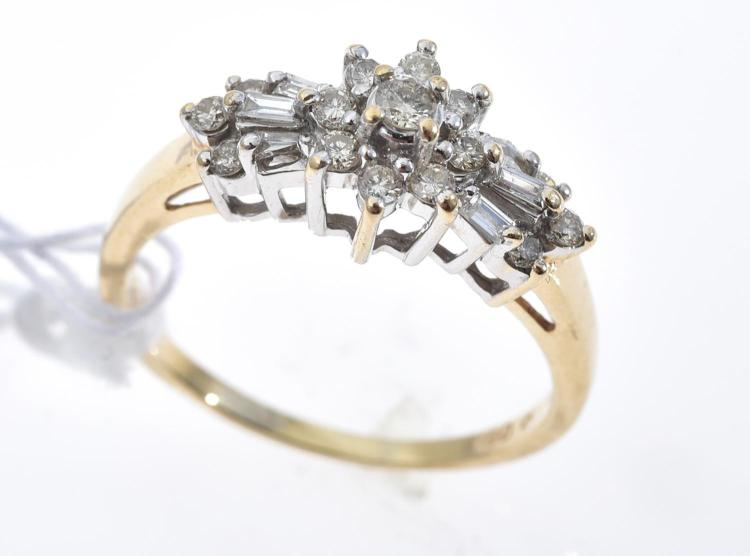 A MULTI DIAMOND DRESS RING IN 14CT GOLD