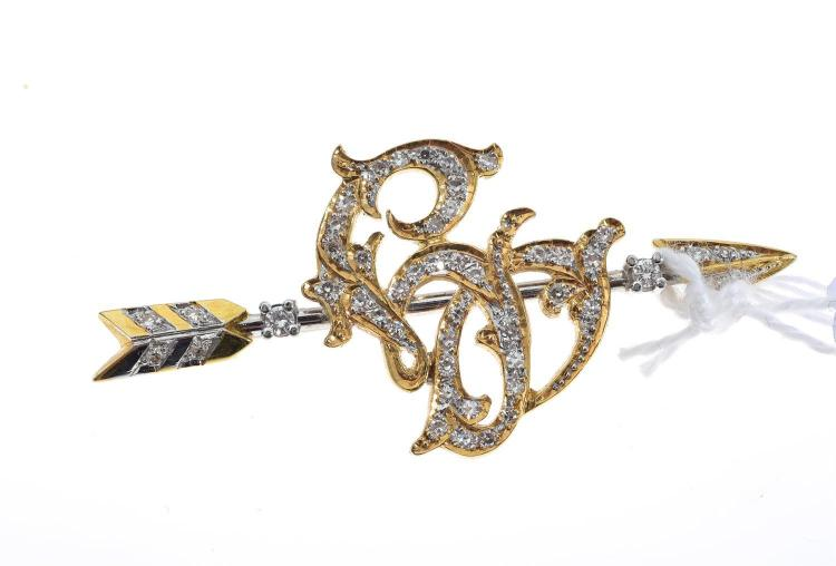 A DIAMOND SET BROOCH IN 18CT GOLD