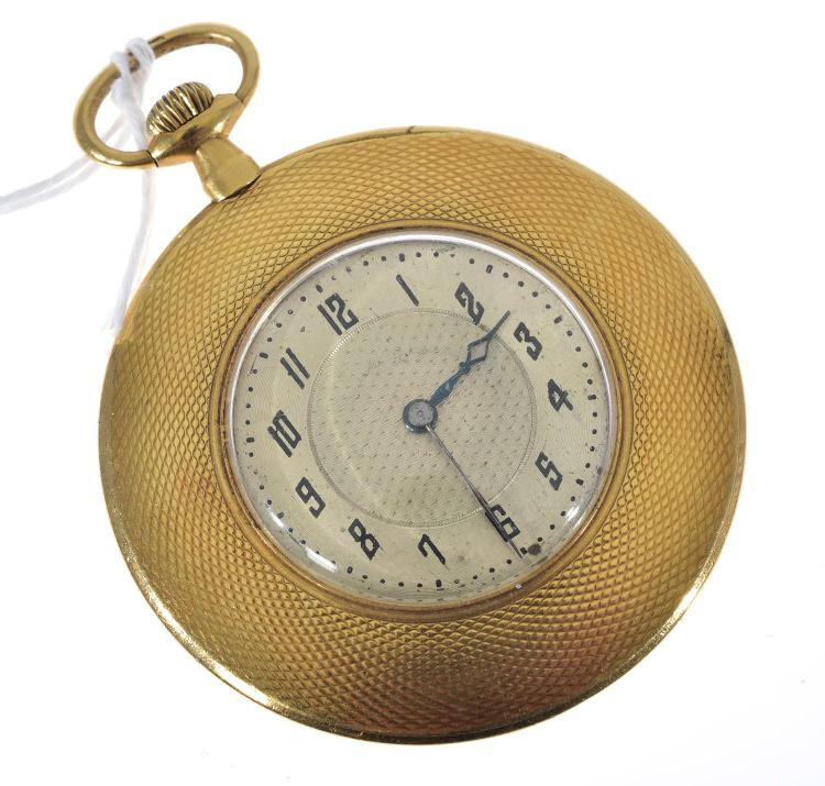 A GOLD OPEN FACE POCKETWATCH WITH ENGINE TURNED DECORATION SET IN 18CT GOLD