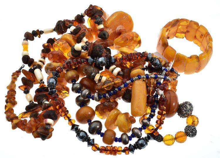 COLLECTION OF AMBER NECKLACES AND BRACELETS