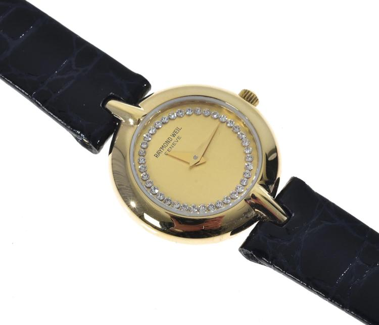 A LADIES RAYMOND WEIL GOLD PLATED QUARTZ WRISTWATCH WITH POUCH
