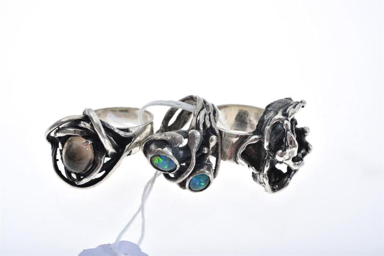 THREE SILVER RINGS, INCLUDING OPAL