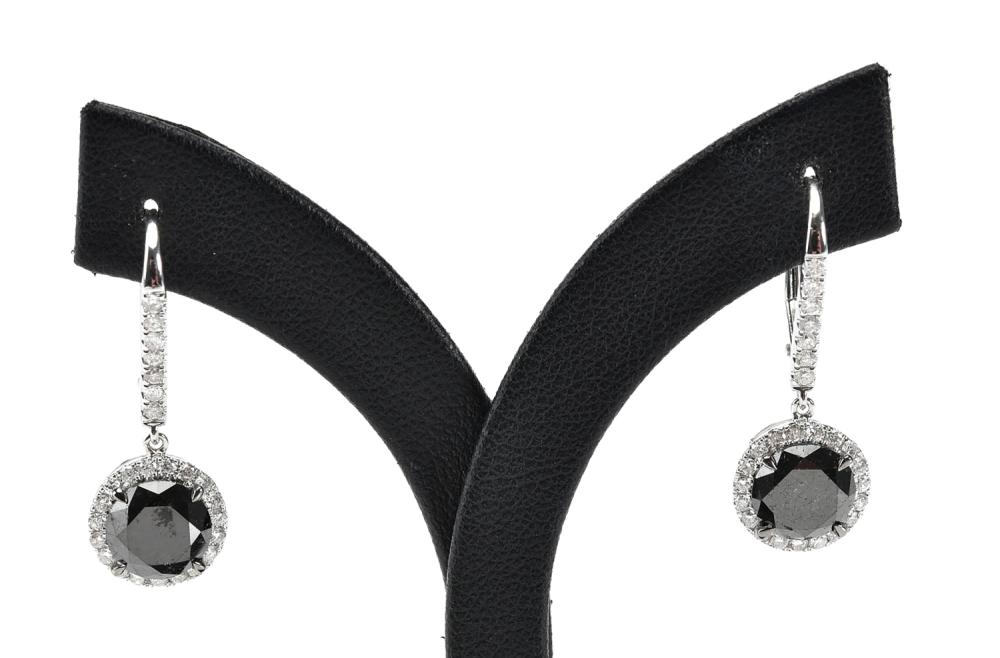 A PAIR OF BLACK AND WHITE DIAMOND DROP EARRINGS IN 18CT WHITE GOLD