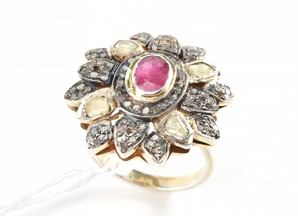 A RUBY AND MINE CUT DIAMOND RING IN SILVER GILT, A/F