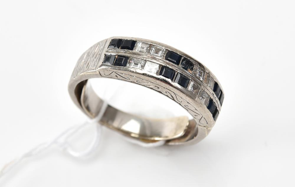 A SAPPHIRE AND DIAMOND ETERNITY RING IN 18CT WHITE GOLD (A/F)