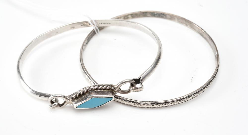 TWO BANGLES IN STERLING SILVER ONE SET WITH TURQUOISE