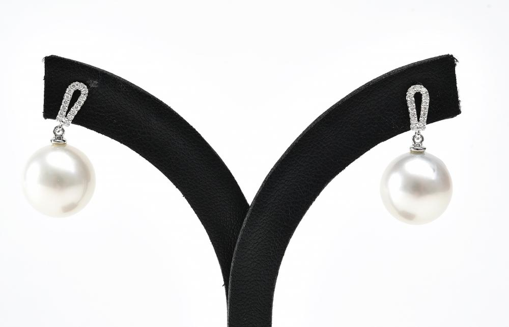A PAIR OF SOUTH SEA PEARL AND DIAMOND EARRINGS IN 18CT WHITE GOLD, PEARLS MEASURING 13MM.