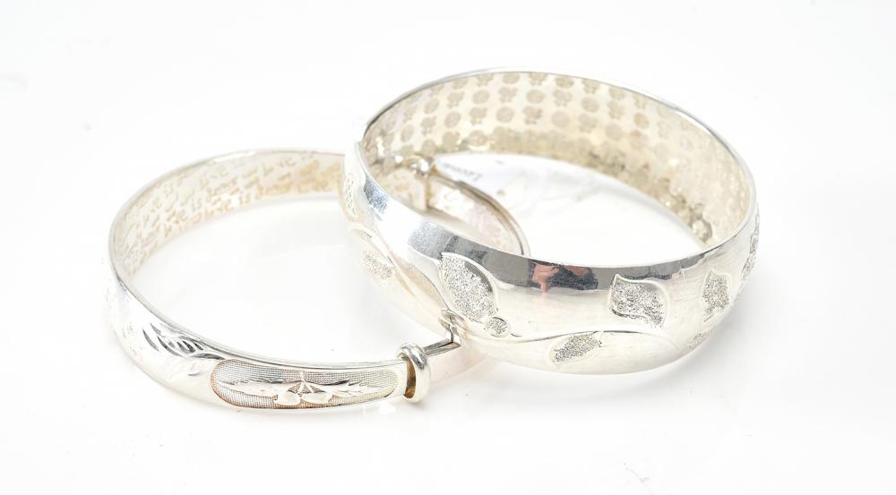 TWO CHINESE BANGLES IN SILVER