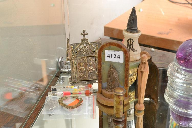 A ONYX, SILVER AND QUARTZ ECCLESIASTICAL ITEMS AND OTHER ITEMS INCLUDING BRASS TRIPICH ETC