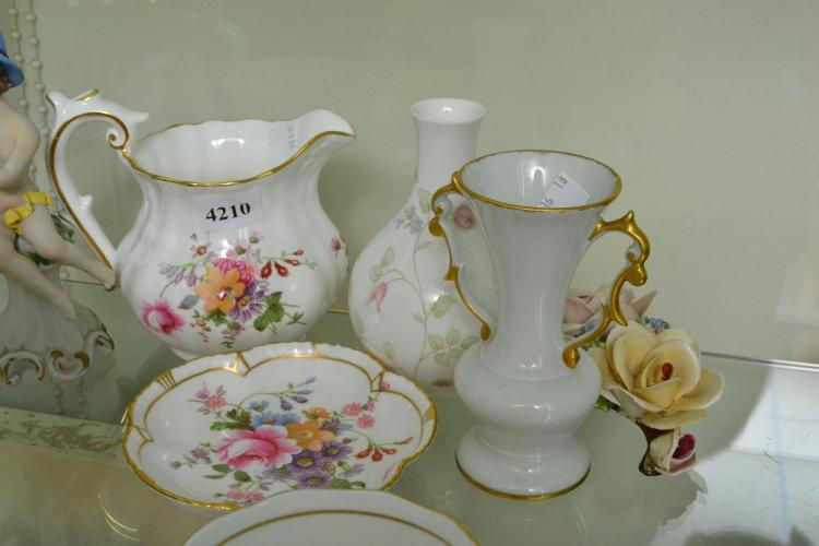 A COLLECTION OF PORCELAIN WEDGWOOD AND LIMOGES