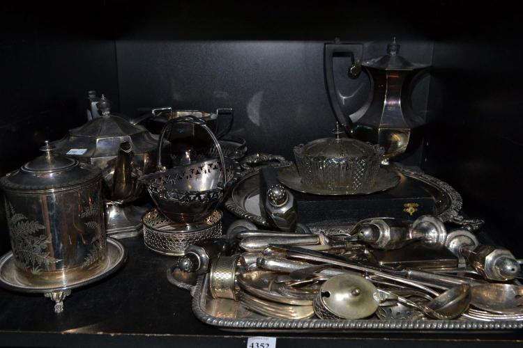 A SHELF OF SILVER PLATE INCLUDING TEA AND COFFEE SERVICE, TRAYS ETC