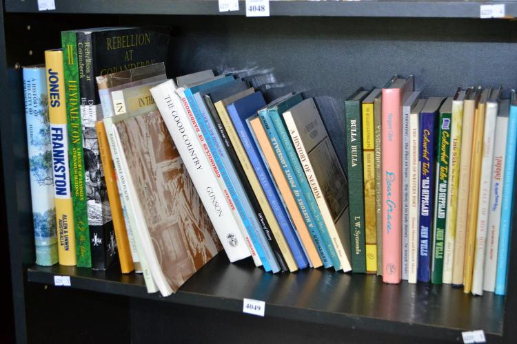 SHELF OF LOCAL HISTORY REFERENCE INCLUDING THE WESTERN PORT SETTLEMENT, THE HISTORY OF SPRINGVALE AND FRANKSTON