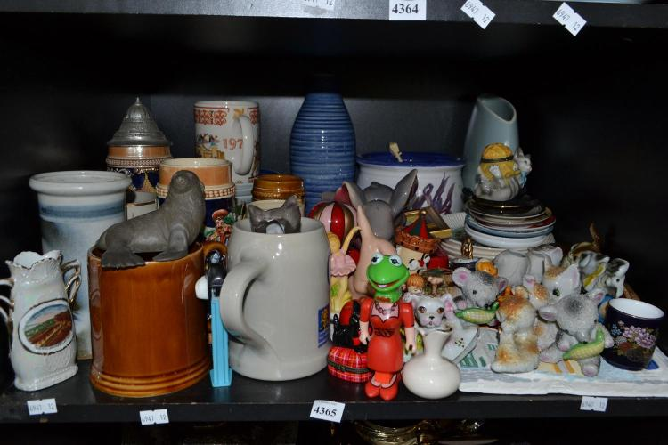 A SHELF OF CERAMICS, INCL FIGURAL PILL BOXES