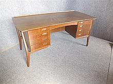 DANISH SIX-DRAWER DESK 71 x 152 x 73cm