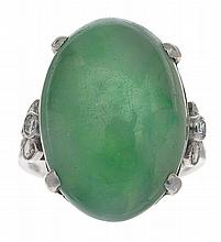 AN ART DECO JADE AND DIAMOND RING