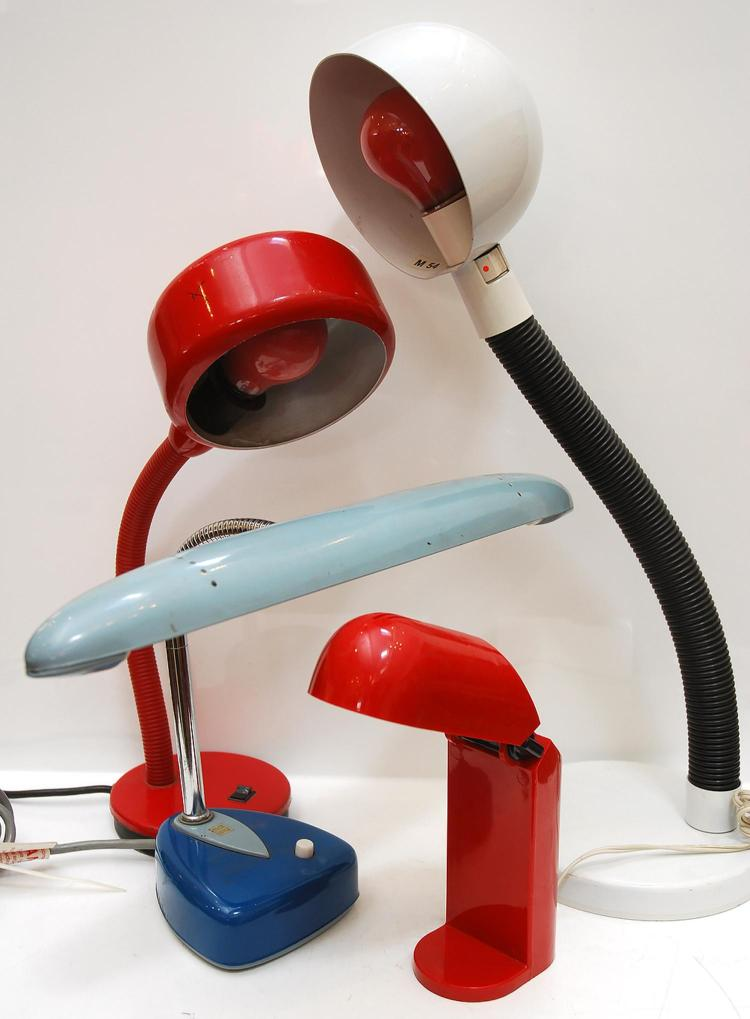 A COLLECTION OF 1960s AND 70s TABLE LAMPS