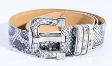 A BELT BY TODS