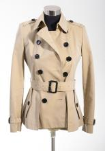 A CROPPED TRENCH JACKET BY BURBERRY