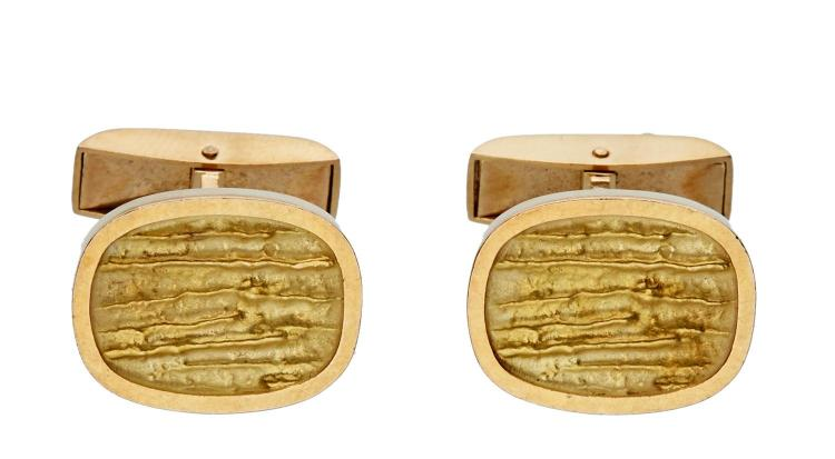 A PAIR OF GEORG JENSEN GOLD CUFFLINKS
