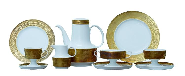 ROSENTHAL STUDIO LINE ''COMPOSITION GILDED'' PORCELAIN DINNER SERVICE BY TAPIO WIRKKALA, CIRCA 1970