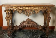 AN ITALIAN NEOCLASSICAL GILTWOOD AND FEAUX MARBLE TOPPED CONSOLE TABLE, LATE 18TH CENTURY