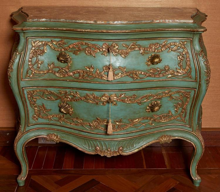A VENETIAN ROCOCO REVIVAL PAINTED AND GILDED MARBLE TOPPED COMMODORE
